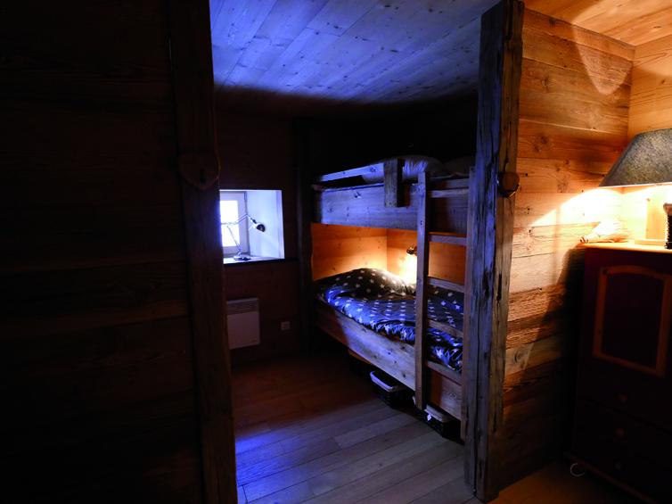 Chambre en bois chalet