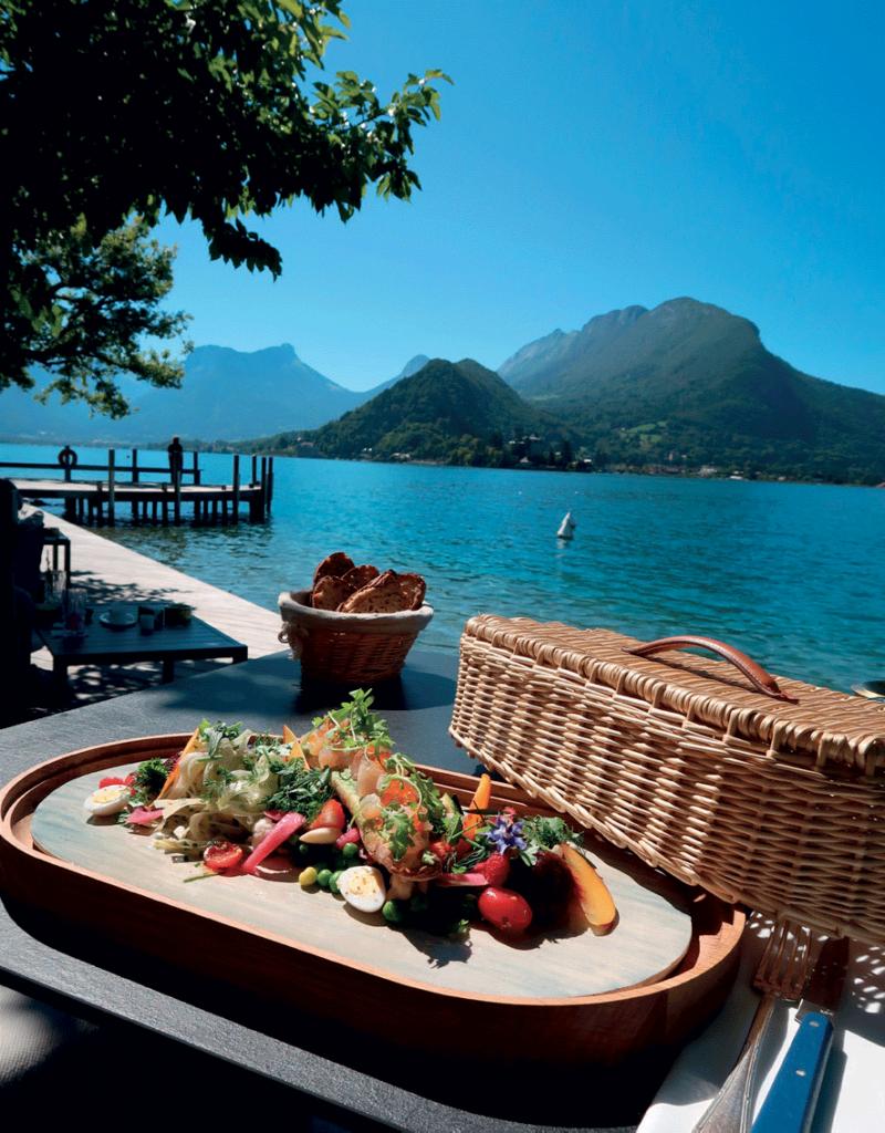 restaurant-face-au-lac-d'annecy