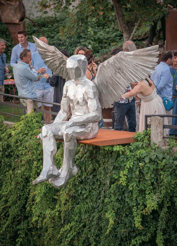 sculpture-andre-cyrille-ange-de-face
