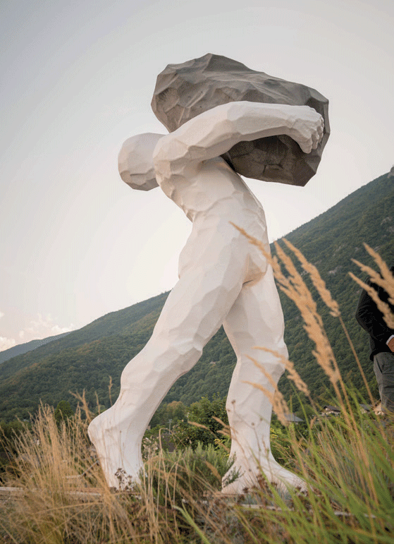 sculpture-andre-cyrille-homme-rocher
