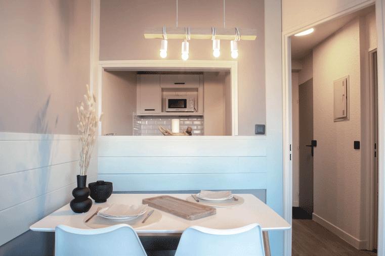 salon-appartement-et-cuisine
